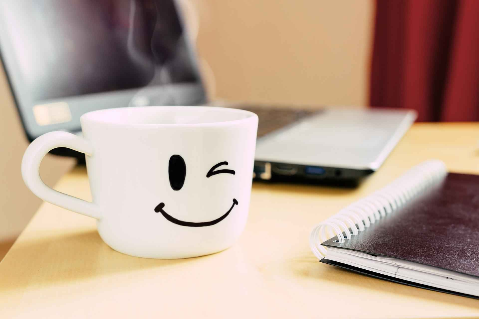 Een koffiepauze of masturbatietijd op het werk? SDC.com