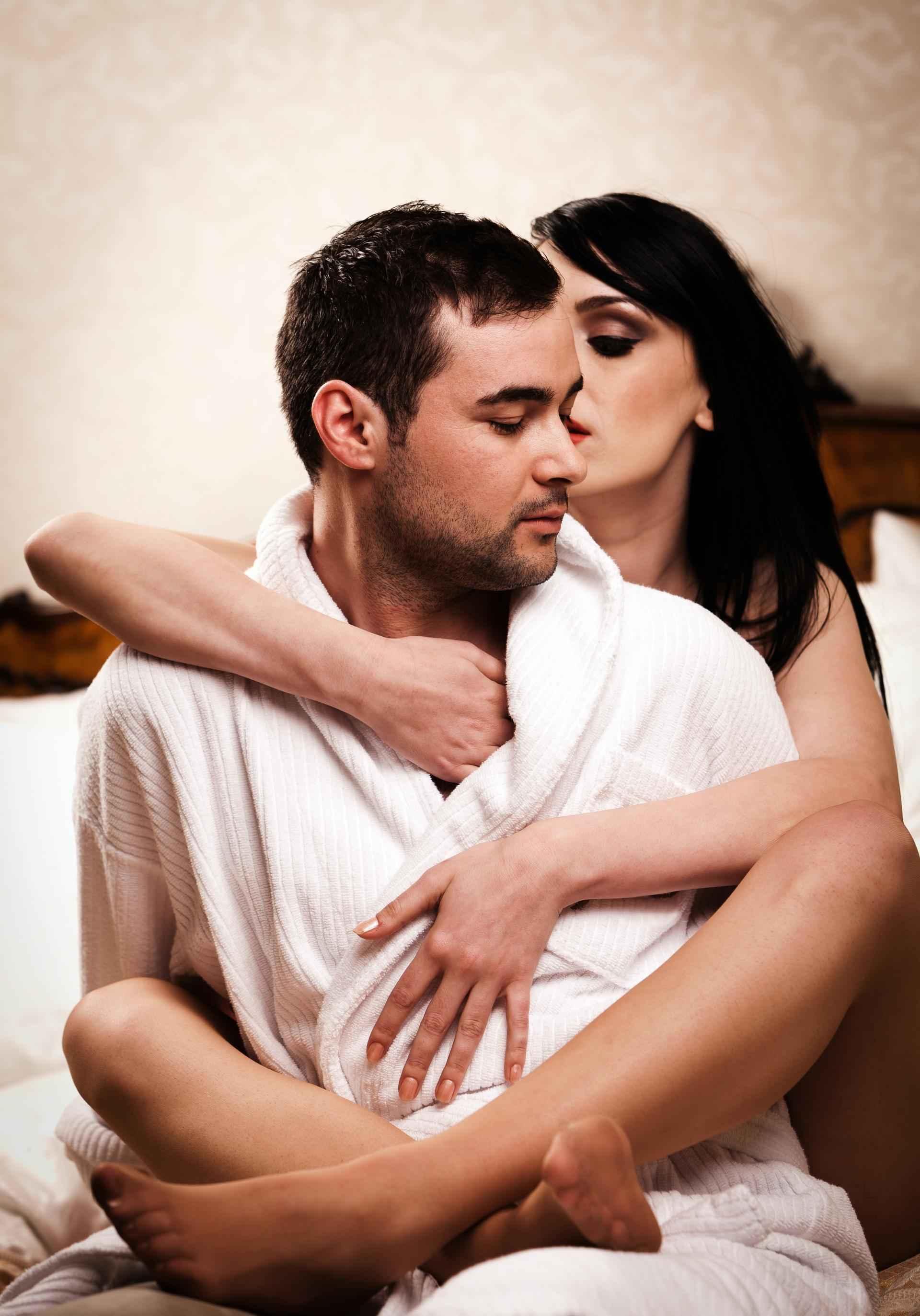 Bring dein Sexleben mit Dirty Talk auf ein neues Level SDC.com