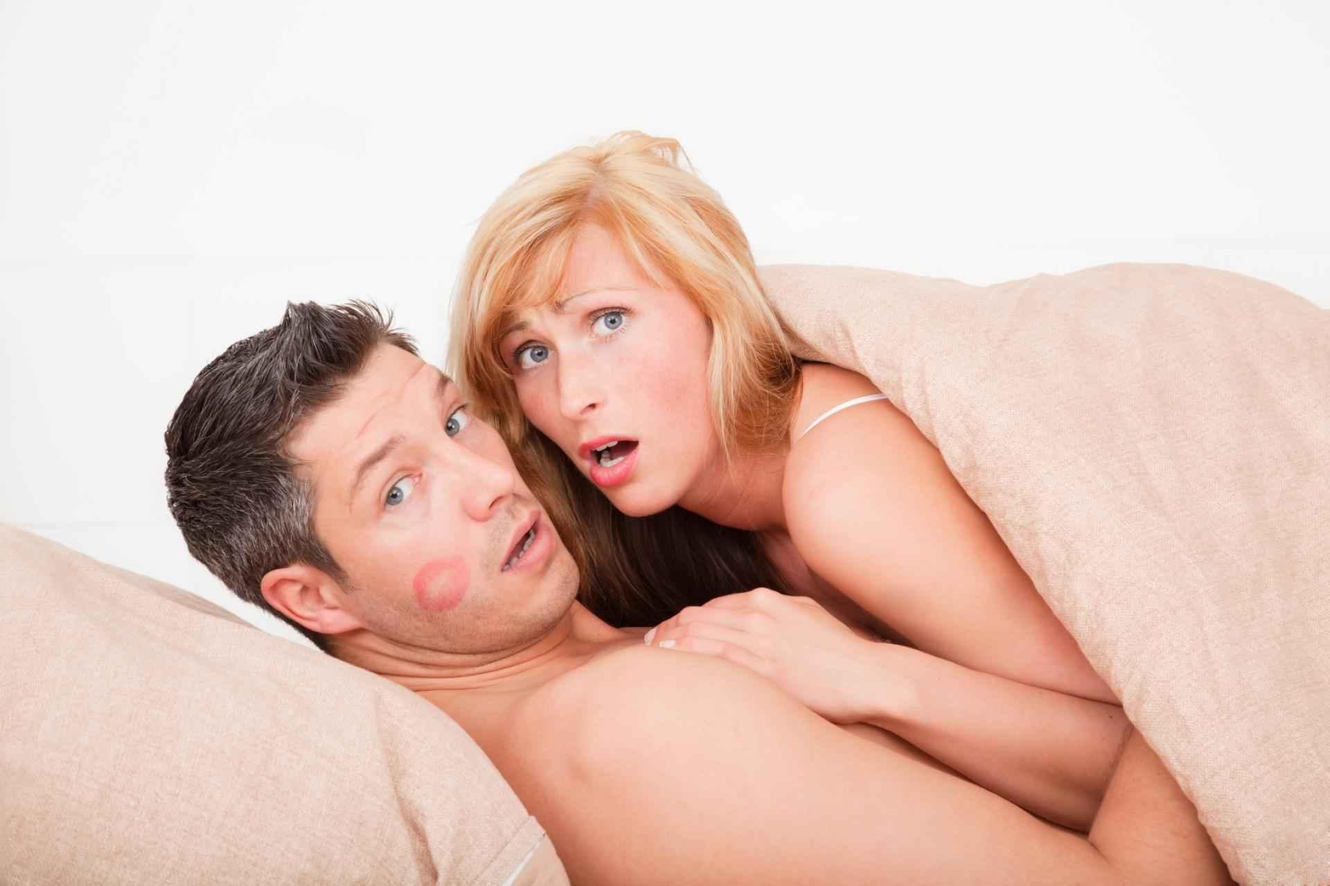 Was tun, wenn eure Kinder euch beim Sex erwischen! SDC.com