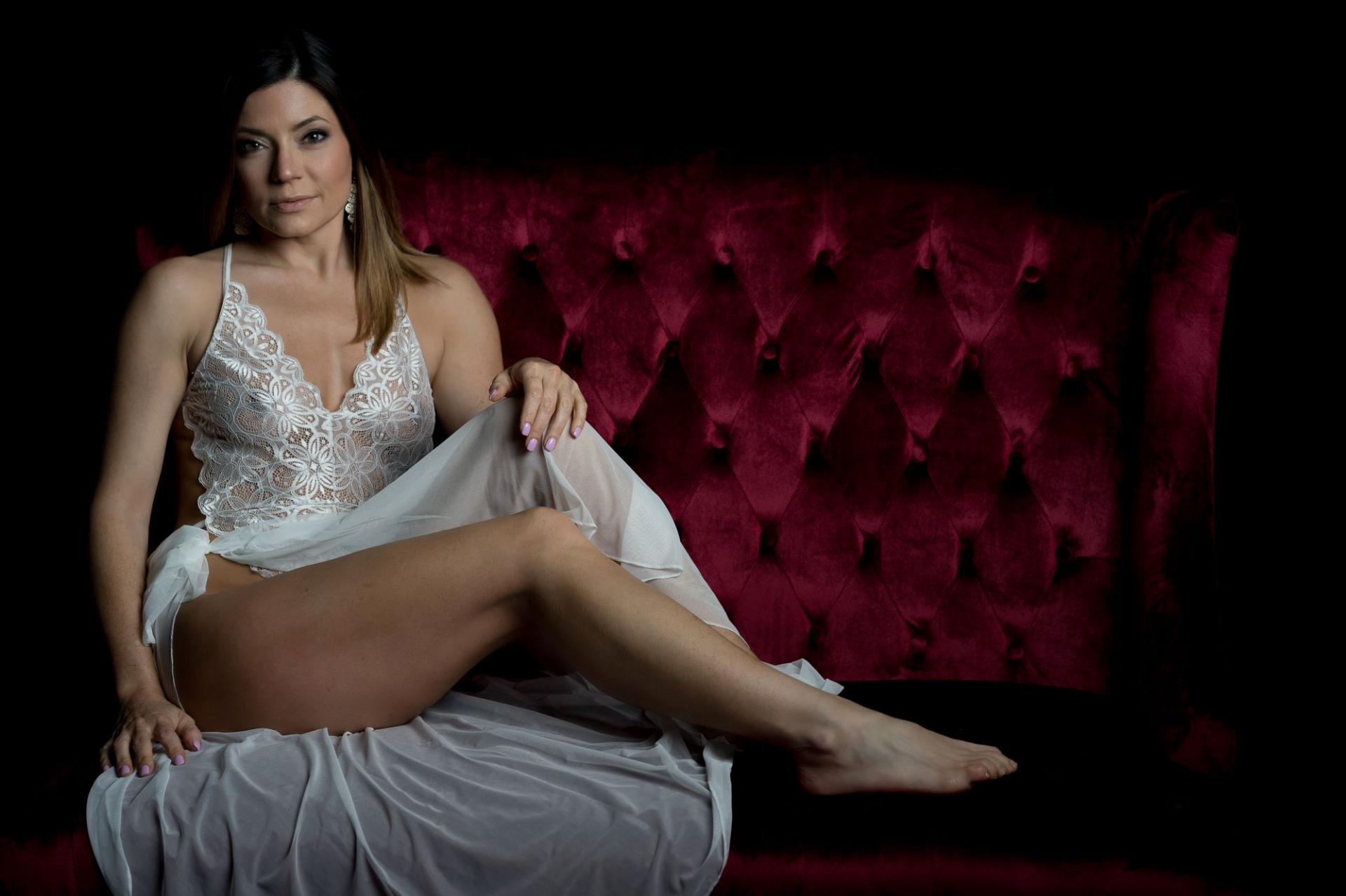 ASN Lifestyle Magazine Sara Clayton Playboy Model
