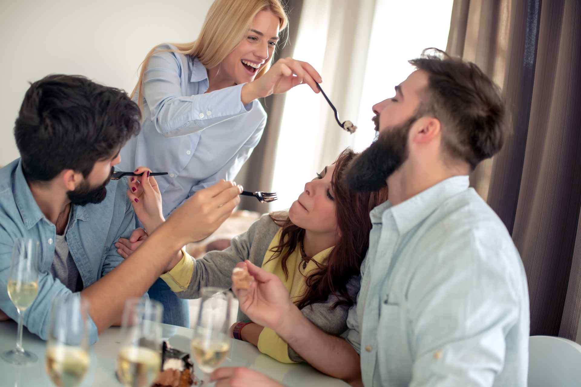VelvetLips Guest Blogger: Polyamory - Have Your Cake and Eat it, Too