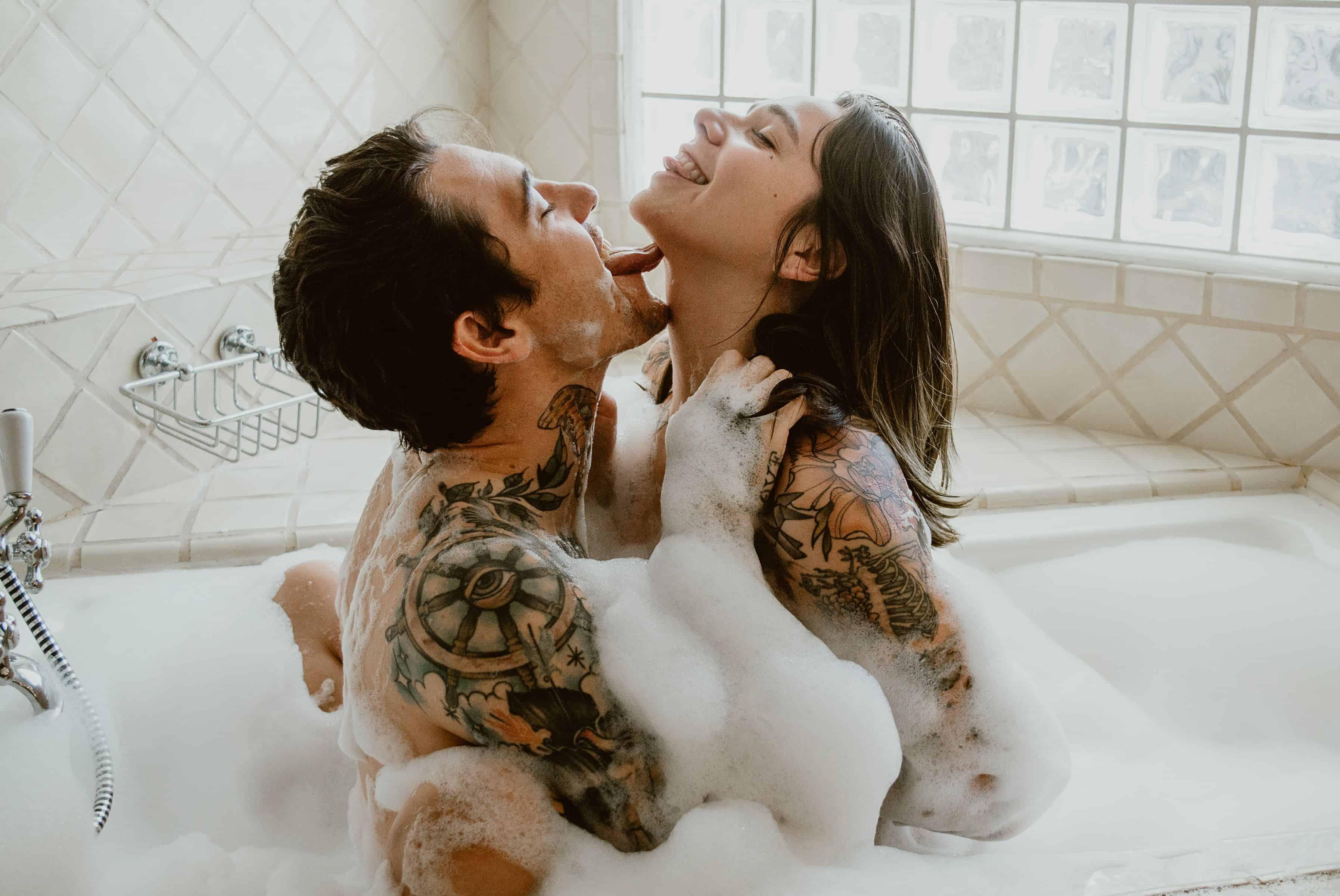 Seks in de Badkamer? 5x Tips voor de beste badkamerseks