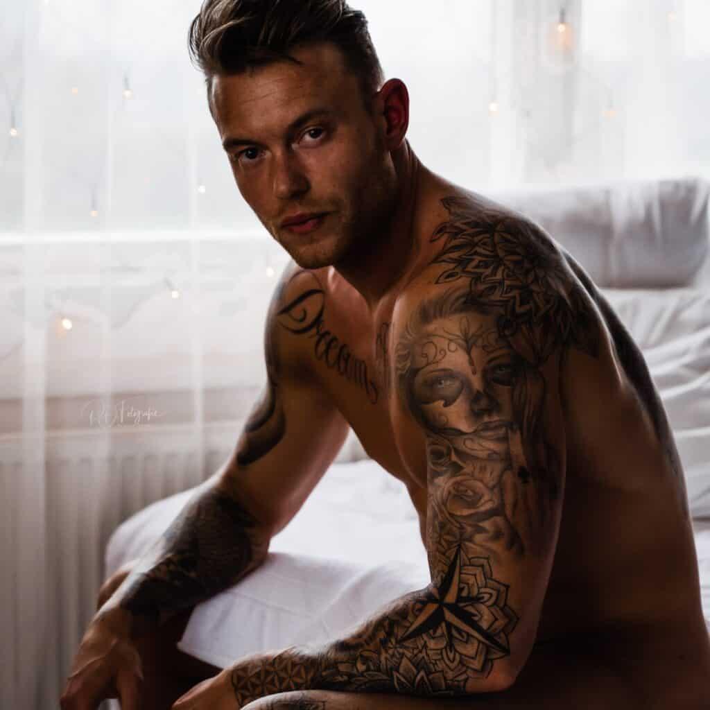 Tijd voor dudeoir: boudoir fotografie voor mannen!